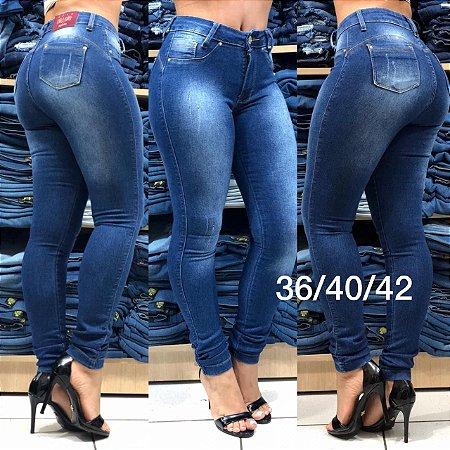 2e86c23b9 Calças jeans feminina direto da fabrica a preço de atacado. Os ...