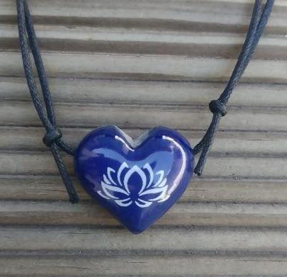 Aromatizador Pessoal - Coração Azul - Flor de Lotus