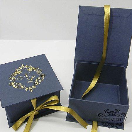 Caixa Azul para lembranças  tam: 10,5x10,5x6cm