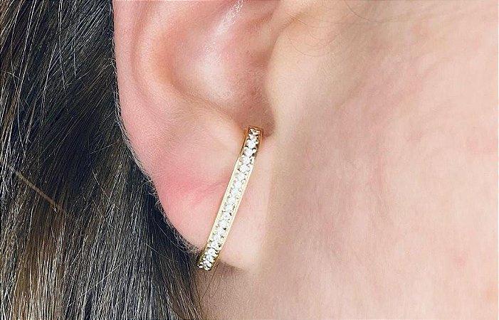 Brinco Ear Hook Cravejado Moderno Banhado a Ouro Delicado