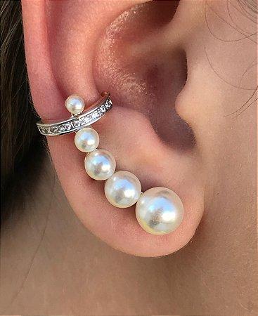 Brinco Ear cuff de pérolas e zirconias folheado Em Ouro