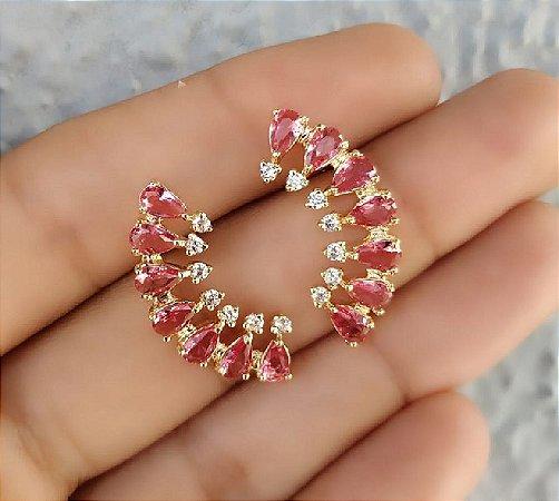 Brinco Ear Cuff com Zirconias Brancas e Pink Banho Ouro