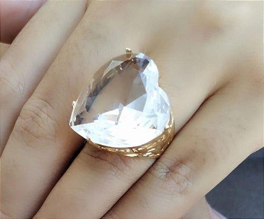 Anel de Coração Pedra Grande Cristal Branco Banhado a Ouro