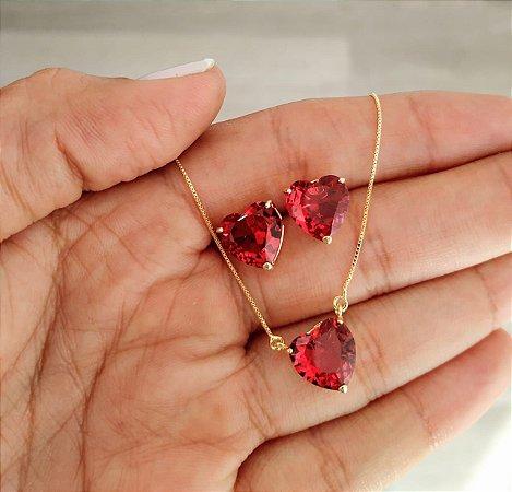 Conjunto Colar Brinco Coração Vermelho Pink Banhado a Ouro