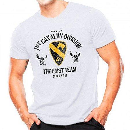 Camiseta Militar Estampada Cavalaria Dos Eua Branca - Atack