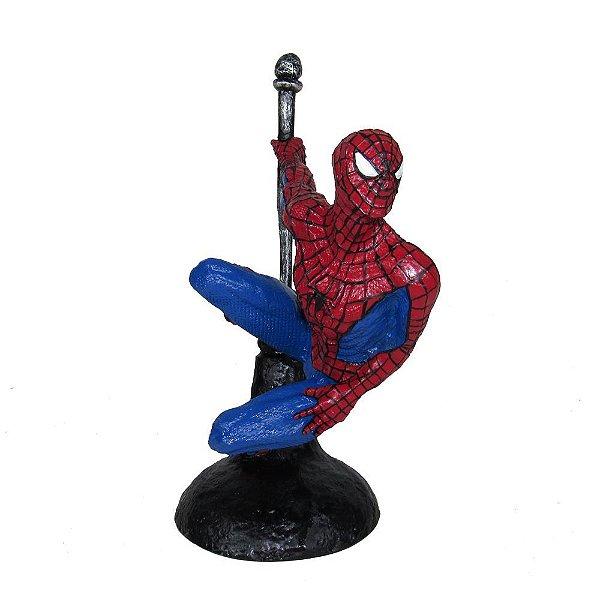 Boneco Spider Man Homem Aranha No Poste Em Resina
