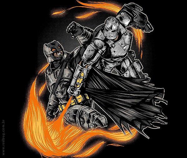 Camiseta Bat x Iron - Feminina