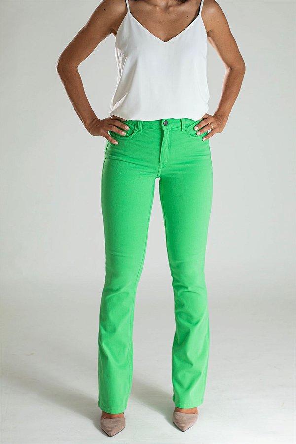 Calça Jeans Boot Cut Kiwi - Lagos