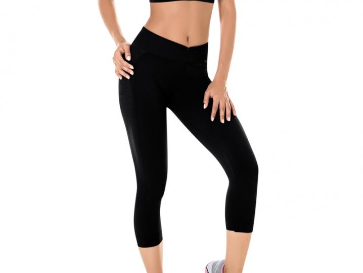 Calça Corsário Fitness Sem Costura Preta