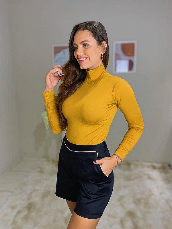 Short Sarja Maria Valentina