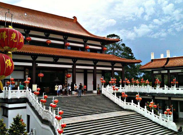 Templo Zu Lai + Embu das Artes