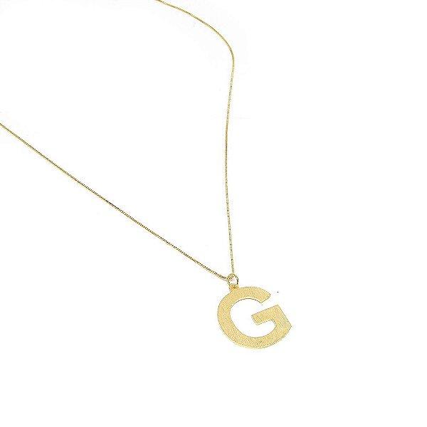 Colar Letter Dourado