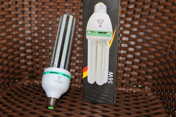 Lâmpada LED 36w Milho