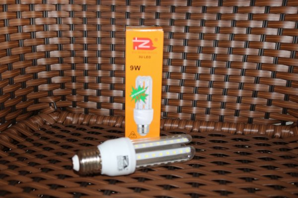 Lâmpada LED 09w Milho15
