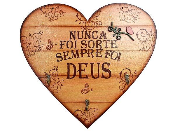 Placa Decorativa Coração Frases Deus (30x27) com Ganchos