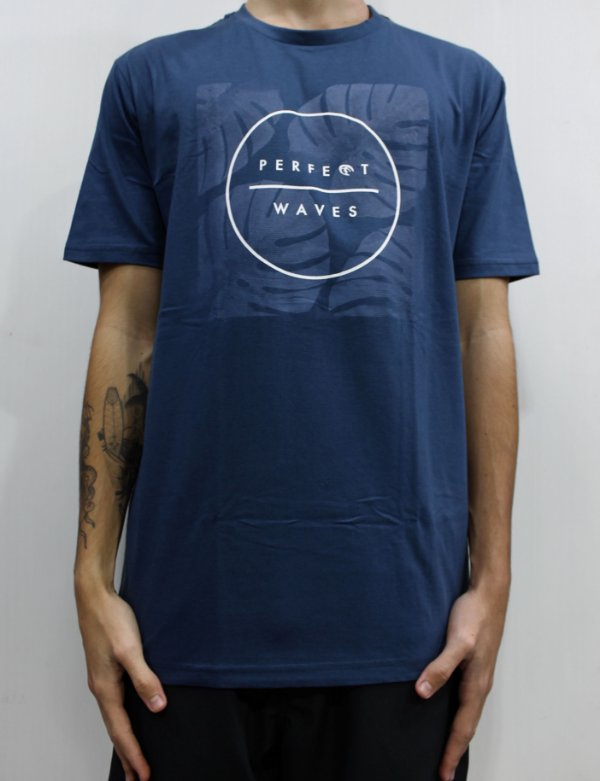 Camiseta Perfect Waves Flores Blue