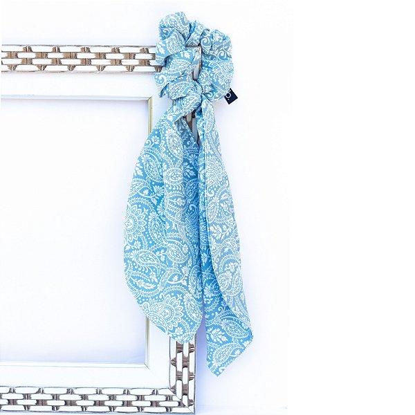 Scrunchie Hibiscos Azul Esverdeada Com Laço Lenço