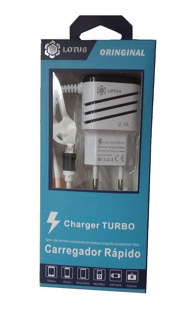CARREGADOR RÁPIDO LOTUS V8 2.1A + 2 SAÍDAS USB