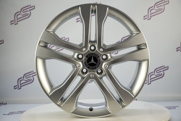 Jogo De Rodas Mercedes GLA 2014 Original Prata 5x112 - 18x7