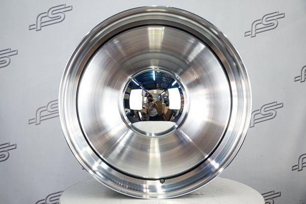 Roda Smoothie Diamantada Aro 20 / Tala 8,5 / 6 Furos / Off-set 0