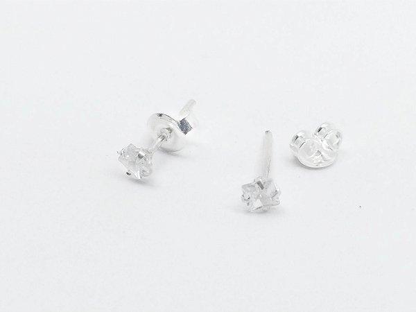 Brinco prata 950 zirconia carrê 3mm