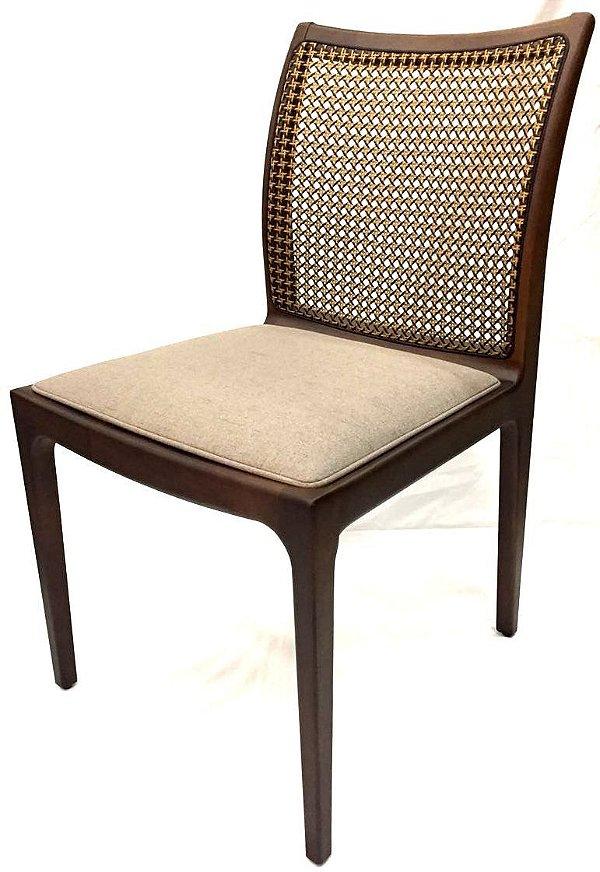 Cadeira Vitória