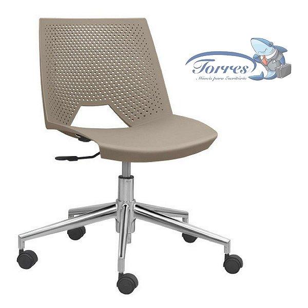 Cadeira Strike Giratória
