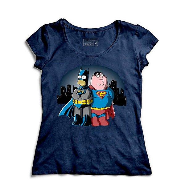 Camiseta Feminina atHomer vs. SuperGriffin - Loja Nerd e Geek - Presentes Criativos