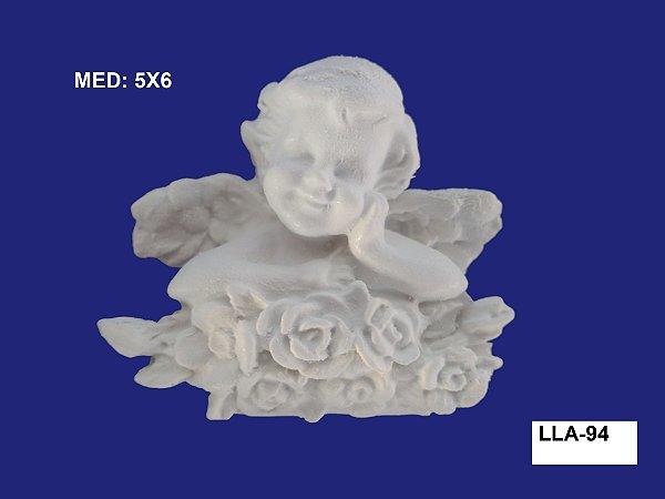 Aplique em Resina Anjo C/ Mão No Queixo Florido 5x6cm  LLA94
