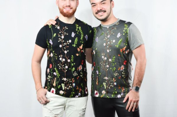 CAMISETA FULL RENDA FLORES