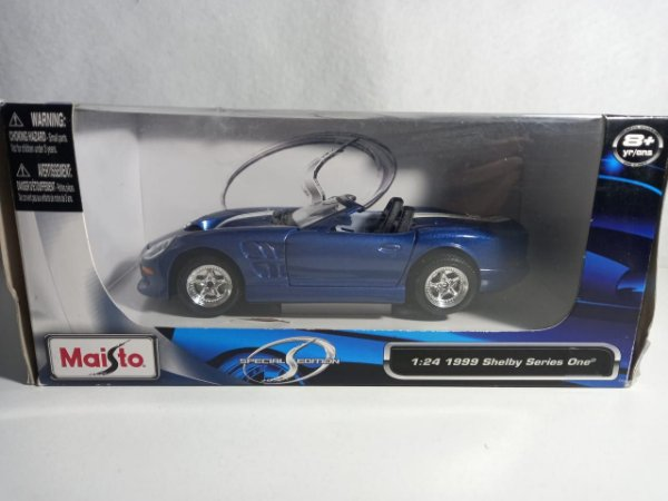 Miniatura Shelby Series One 1999 - Escala 1/24 - Maisto