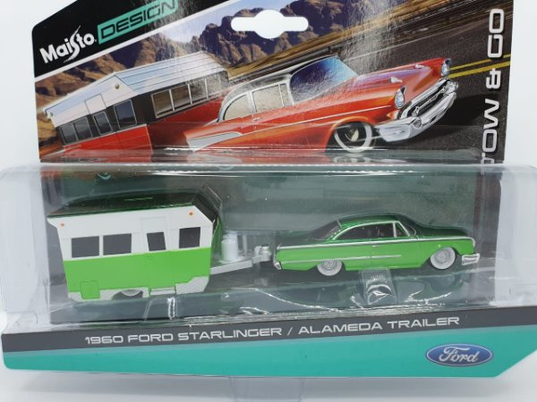Ford Starlinger 1960 + Alamdeda Trailer - Escala 1/64 - Maisto Tow & Go