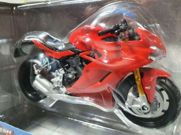 Miniatura Moto Ducati Supersport S - Escala 1/18 - Maisto