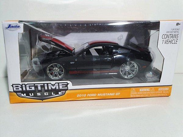 Miniatura Ford Mustang GT 2010 - Escala 1/24 - Jada - 20cm