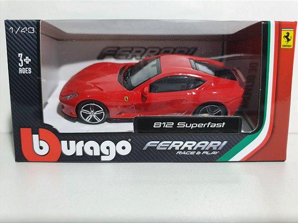 Miniatura Ferrari 812 Superfast - Escala 1/43 10cm - Burago