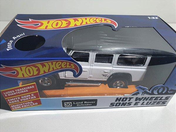 Miniatura Land Rover Defender - Hot Wheels - Escala 1/32 C/ Luz e Som