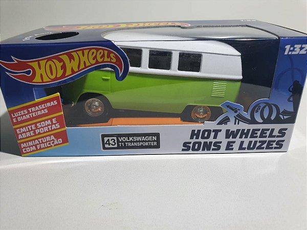 Miniatura Volkswagen Kombi - Hot Wheels - Escala 1/32 C/ Som e Luz