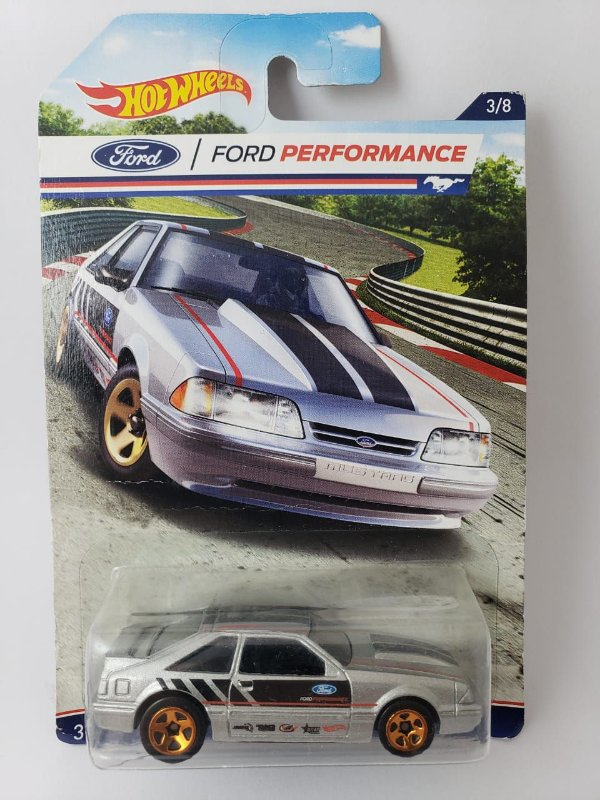 Miniatura Hot Wheels - Ford Mustang 1992 - Ford Performance
