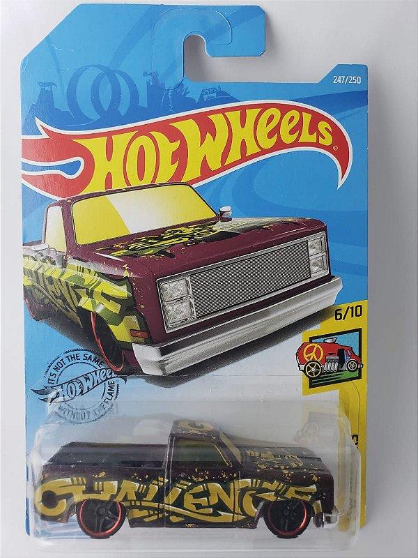 Miniatura Hot Wheels - Chevy 83 Silverado - Escala 1/64