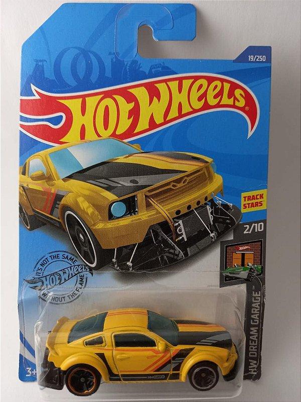 Miniatura Hot Wheels - Ford Mustang 2015 - HW Dream Garage