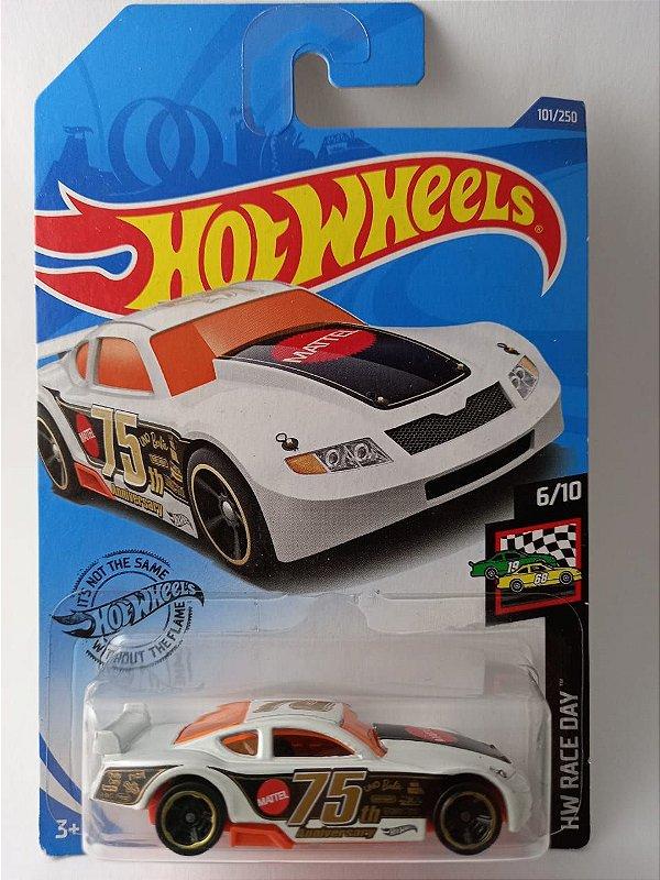 Miniatura Hot Wheels - Circle Tracker - HW Race Day