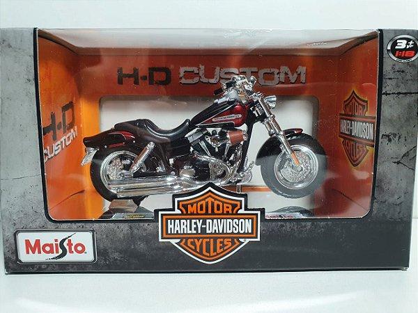 Miniatura Moto Harley Davidson 2009 FXDFSE CVO Fat Bob - Escala 1/18 - Maisto