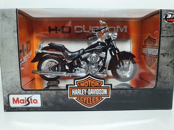 Miniatura Harley Davidson 2005 FLSTCI Softail Springer Classic - Escala 1/19 - Maisto