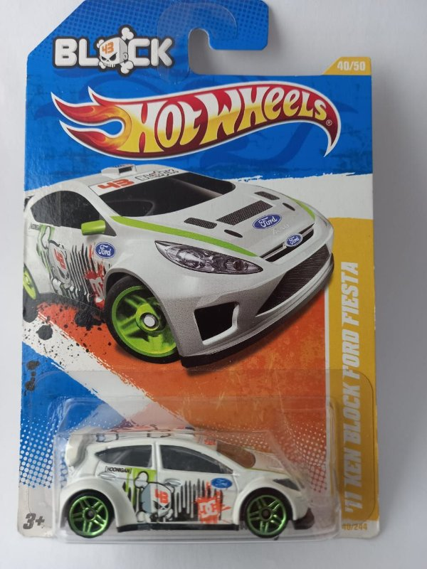 Miniatura Hot Wheels - Ford New Fiesta Block Ken 2011