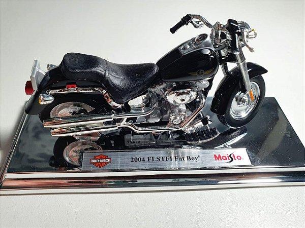 Miniatura Moto Harley Davidson FLSTFI Fat Boy 2004 Escala 1/18 - Maisto