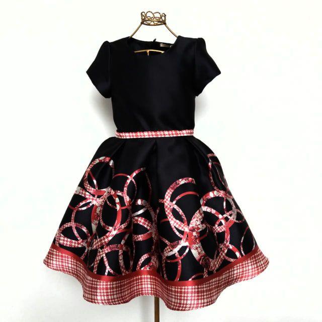 Vestido Festa Preto c/Cinto e Barrado Detalhes Vermelho