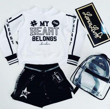 Conjunto Blusa ML Branca Belongs/Shorts Preto