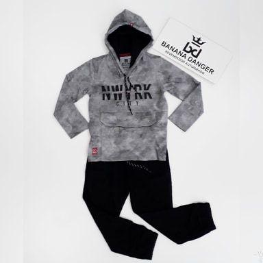 Conjunto Camiseta ML Capuz NWYRK /Calça Moletinho