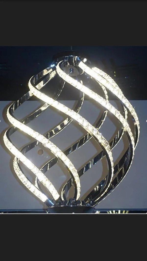Pendente 30×50cm Cromado Metal e Cristal Led 44w 3000k Bivolt