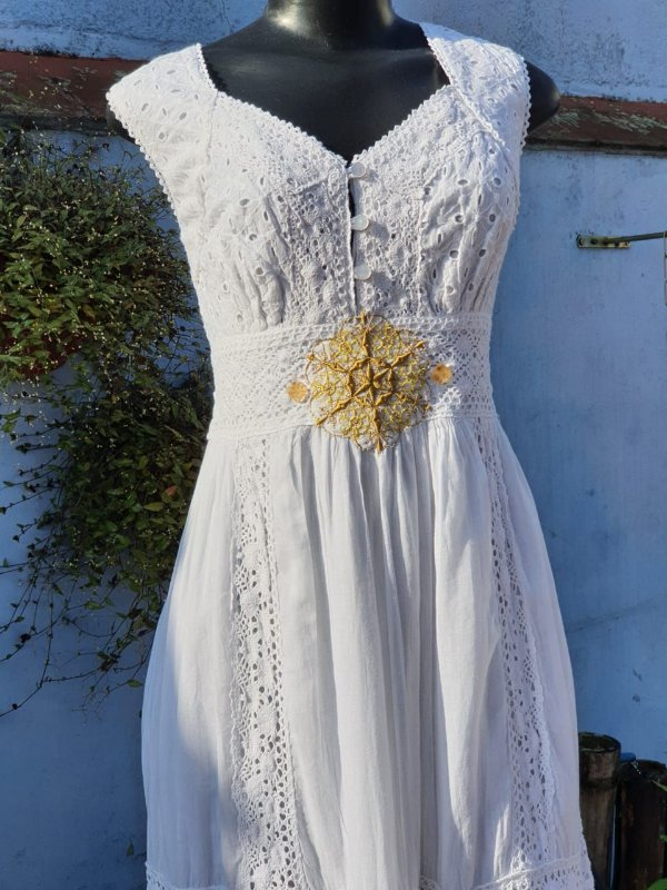 Vestido Mandala da Prosperidade Branco (modelo único) G